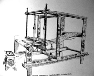 Painted loom from Körösfő, Hungary (now Izvoru Crișului in Romania) in A magyar nép művészete [The Art of Hungarian Folk] by Dezső Malonyay.