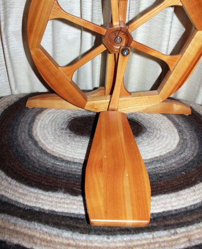 Humanus-Haus spinning wheel treadle and footman