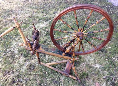 Hjulbäck spinning wheel